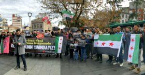 مئات السوريين يتظاهراون في اسطنبول والمدن التركية منددين بحملة الإبادة الروسية على إدلب